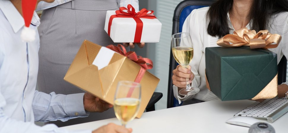 Establish Your Corporate Gift Ideas to Impress Your Customers